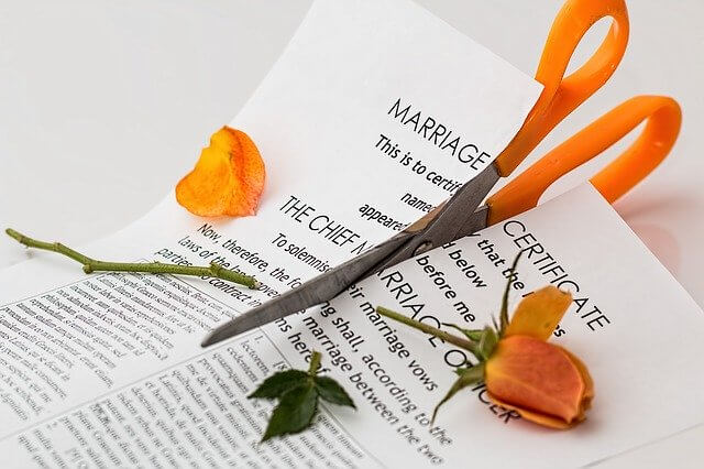 Should You Hire A Private Detective For a Shock Divorce?